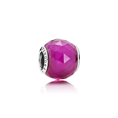 PANDORA Geometric Facets with Synthetic Ruby Charm