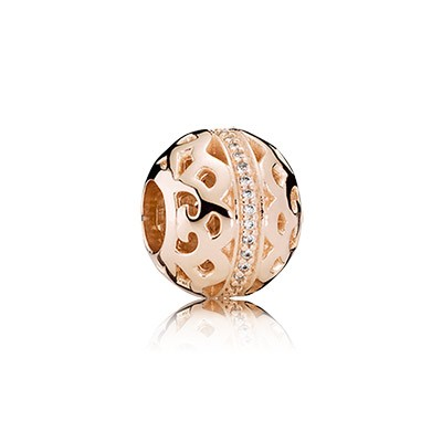 PANDORA Center of attention, clear cz Charm