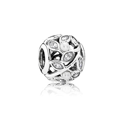 Openwork leaves silver charm with pearl and clear cubic zirconia