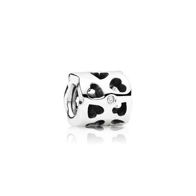 Pandora Tunnel Of Love Charm